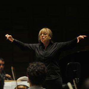 isabel-costes-directora-de-orquesta